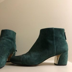 Suede green Nine West booties